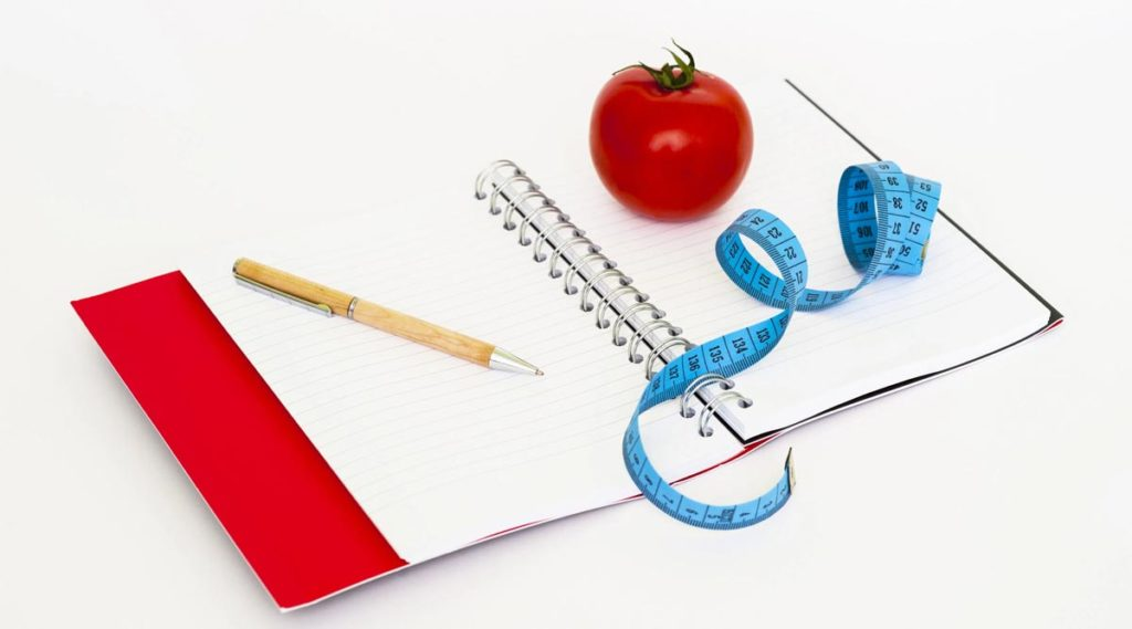 Psicología para adelgazar y bajar de peso: 3 estrategias para dejar de comer en exceso